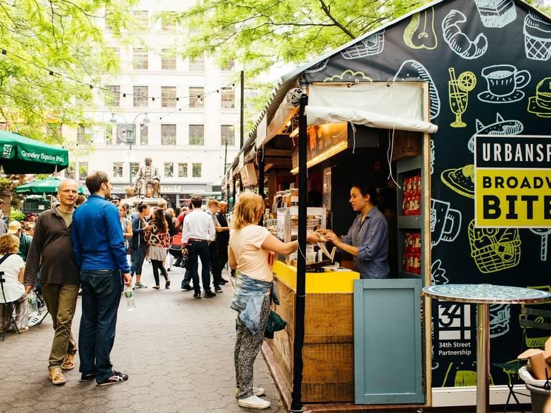 Broadway bites outdoor food market reopens in midtown for Outdoor food market