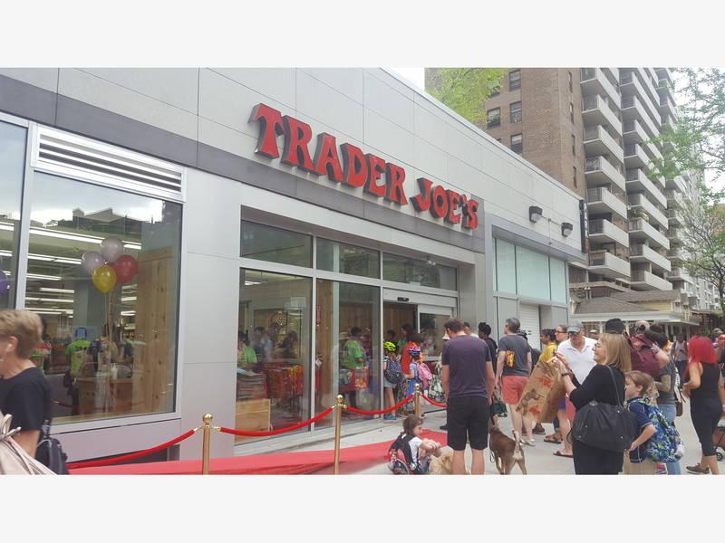 photos trader joe 39 s opens new upper west side store upper west side ny patch. Black Bedroom Furniture Sets. Home Design Ideas