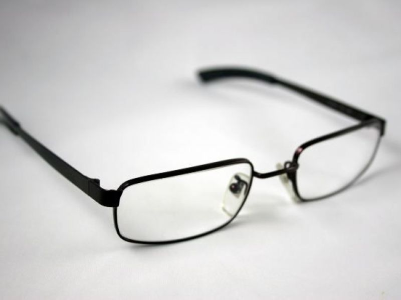 2b2876082f6f  70K Worth of Glasses Stolen from Holmdel LensCrafters