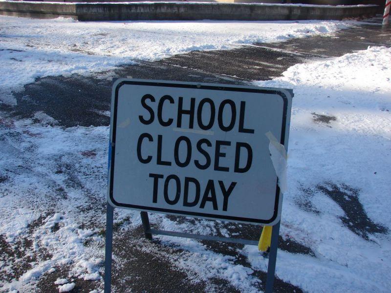 Summit Schools Closed Tuesday