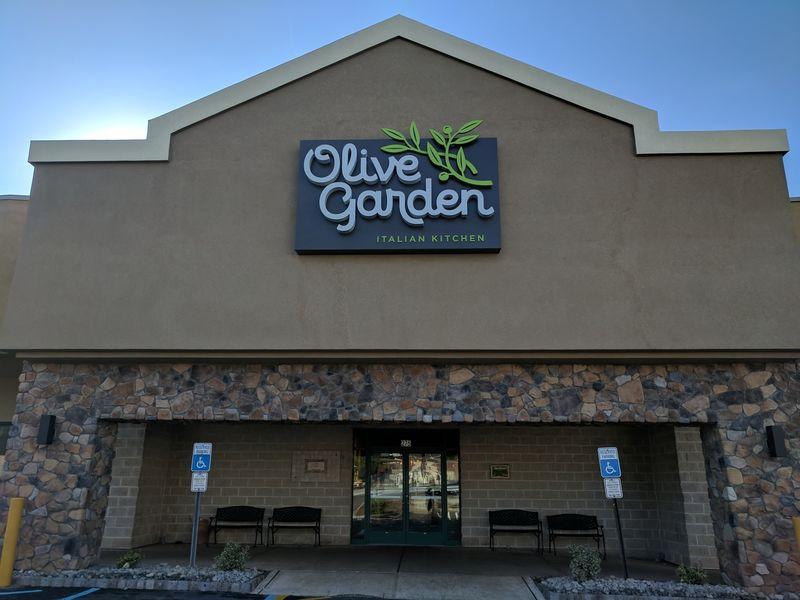 springfield 39 s olive garden unveils new look springfield nj patch ForOlive Garden Union Nj
