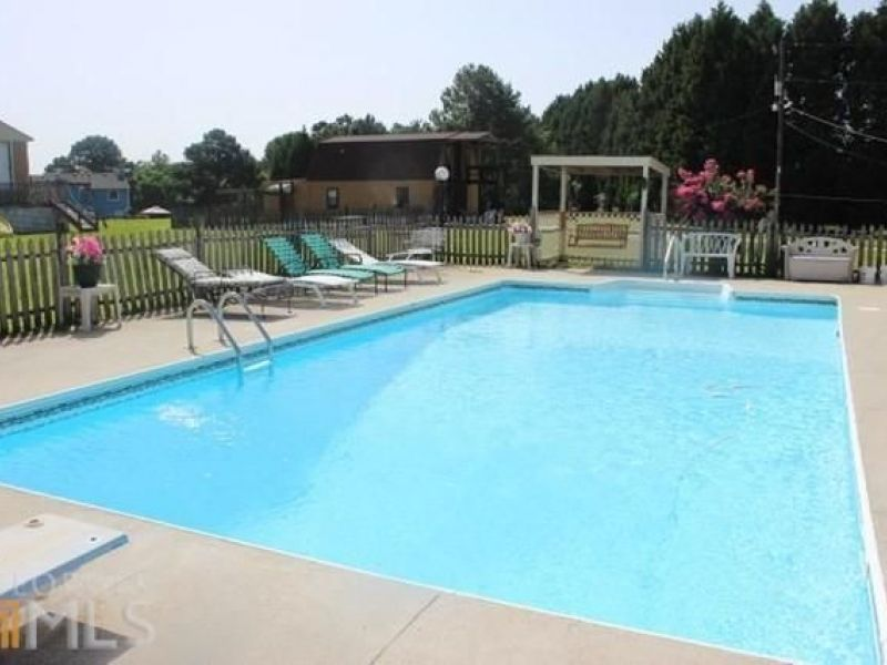 Five Homes For Sale With Pools In Loganville Loganville