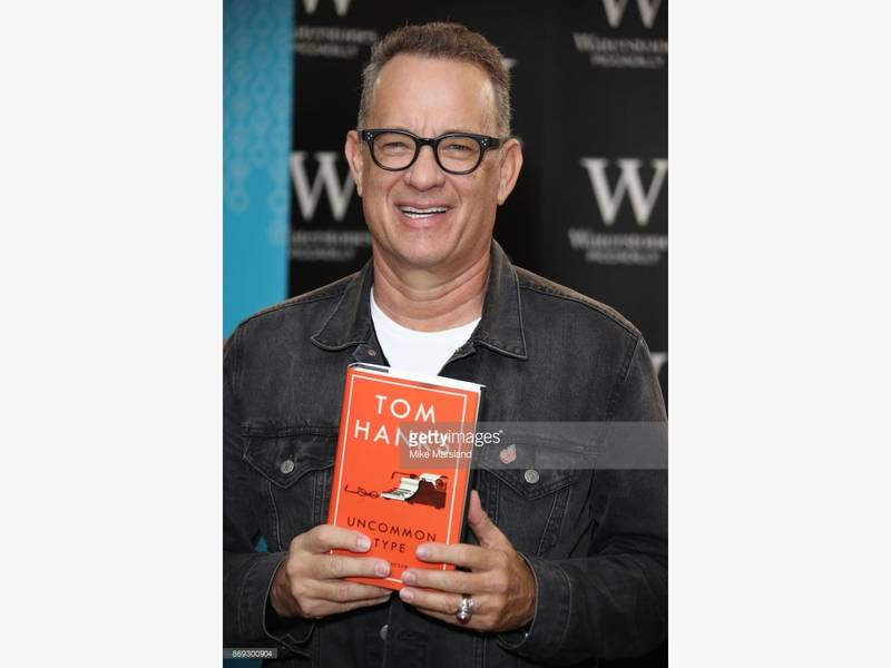 Sleepless In Austin Tom Hanks Helps With Marriage Proposal