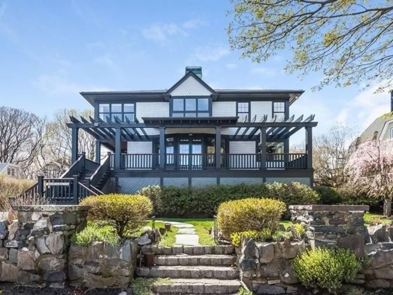 10 Massachusetts Homes For Sale To Make You Say WOW