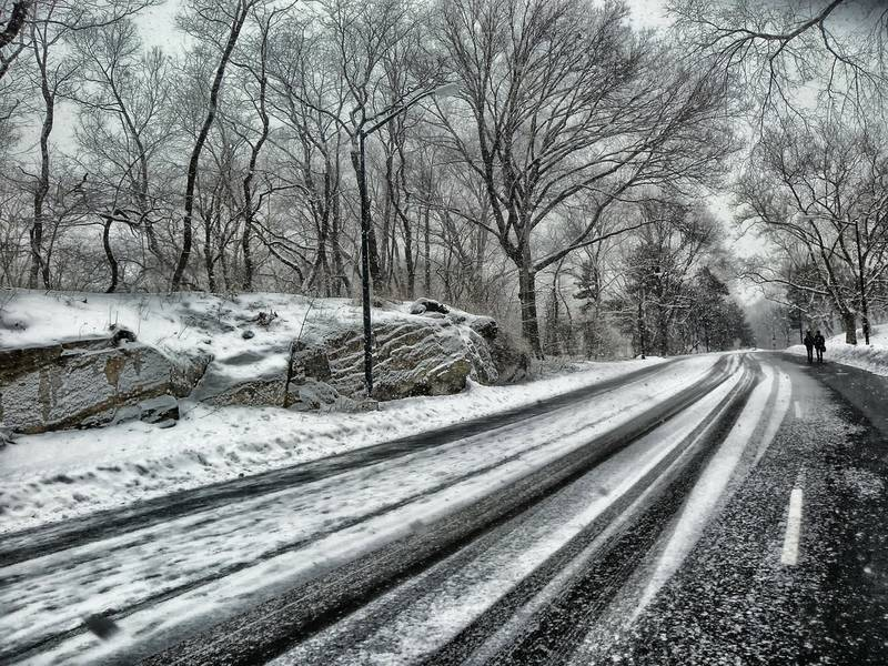 Commuter Warning Snow May Cause Traffic Snarls Wednesday In DC - Dc roads