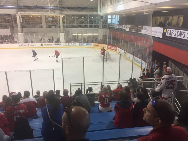 Hundreds Pack First Capitals Practice Since Game 6 (Photos ... 5f5a044f043c