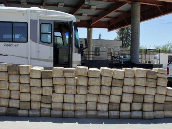 US agents find ton of pot in motorhome at Arizona border crossing