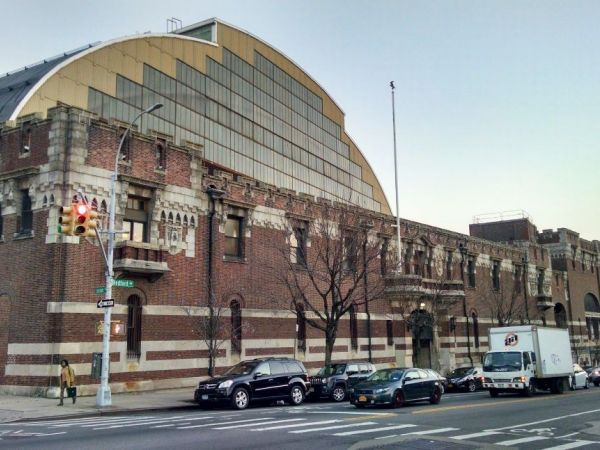 Here's What's Going on With Crown Heights' Beleaguered Bedford-Union Armory