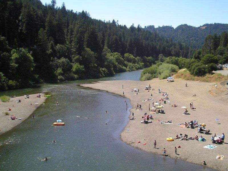 Por Russian River Beach Reopens After Closure Due To High Bacteria Levels