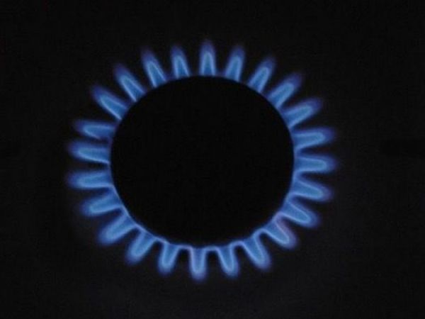 Southern California Gas urges customers to cut natural gas use