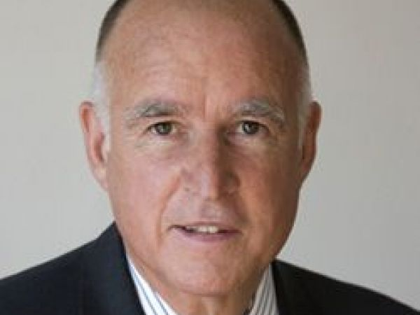 Gov. Brown declares war on Trump's 'alternate universe of non-facts'