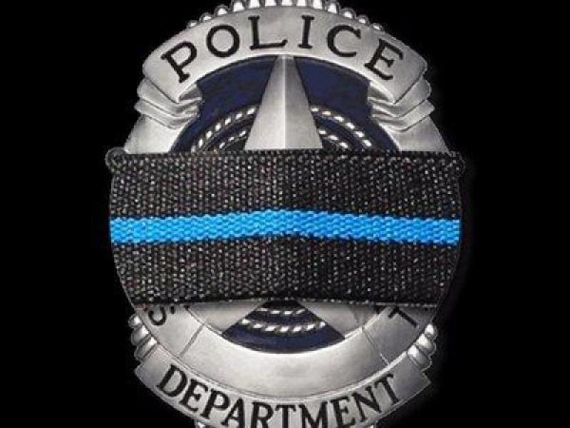 Local Officers Present For Dallas Police Officer Funerals Mount