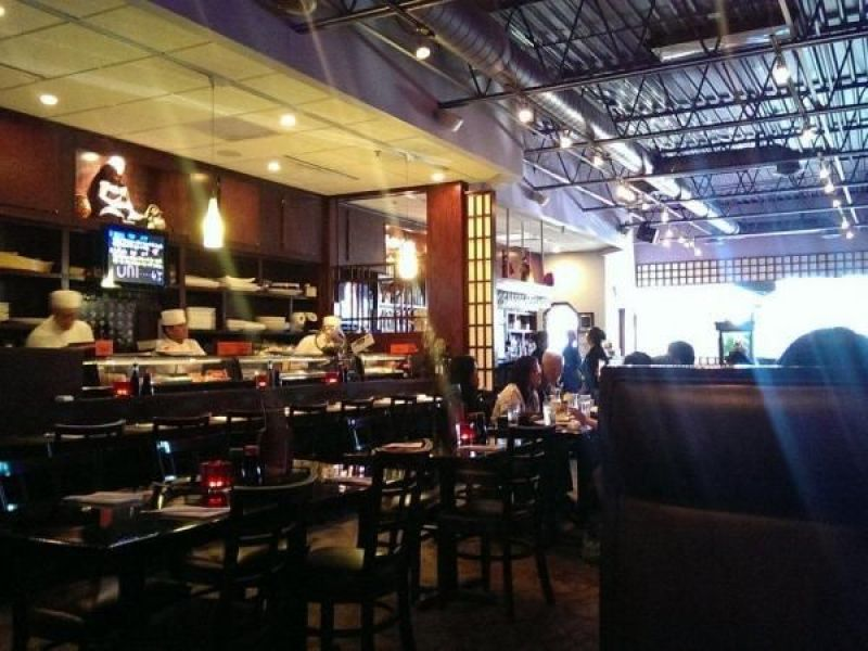 Top 10 Restaurants In Brookfield According To Yelp Reviews