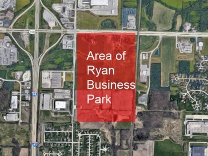 Its Official Amazon Planning Large Center For Oak Creek Oak