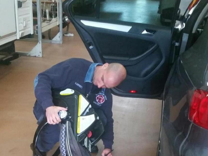 Fire Department Offers Free Child Car Seat Inspections