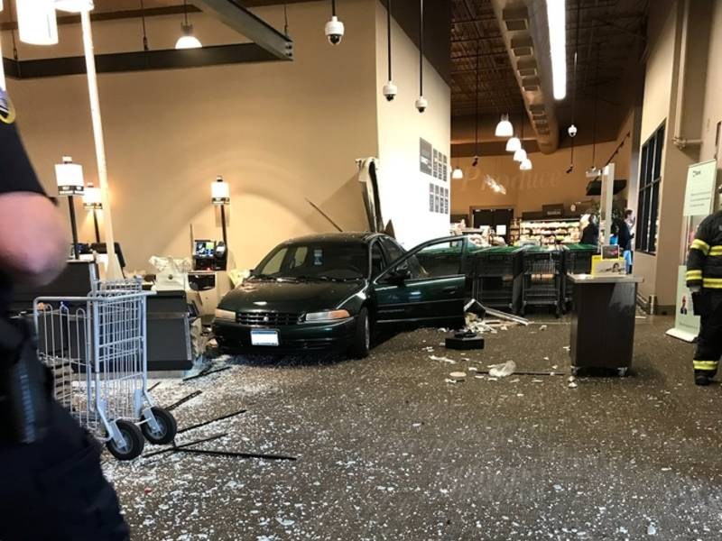 Woman Crashes Into Lunds And Byerlys Grocery Store Eden Prairie