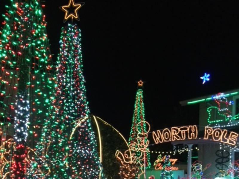Best Christmas Light Displays In Apple Valley