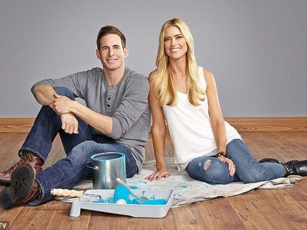 Hgtv 39 s house flippers are getting divorced fountain for Become a house flipper