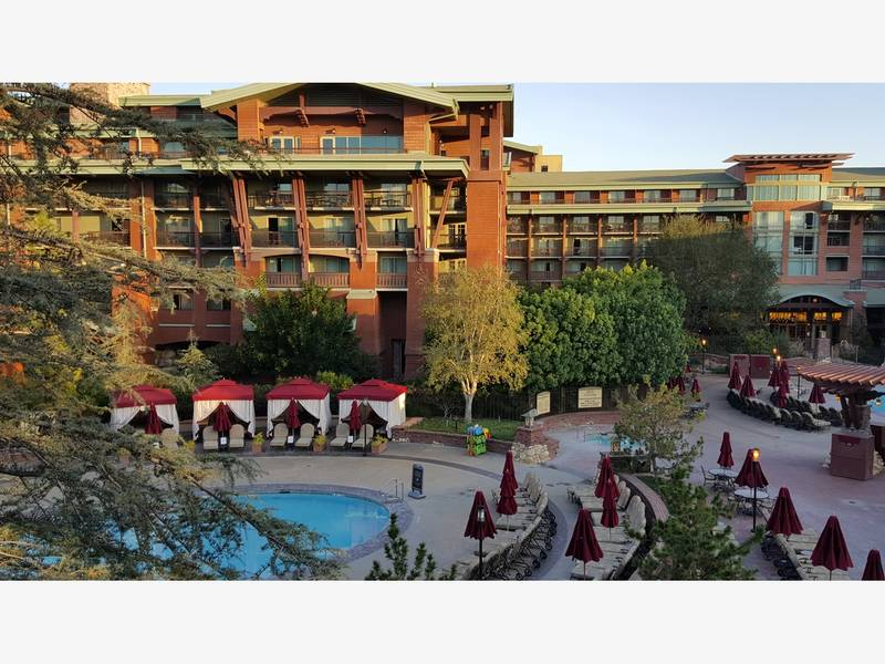 Aaa Names Diamond Hotels In Orange County Disneyland