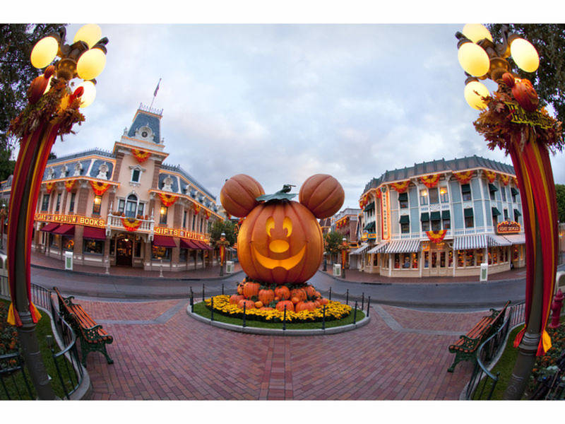 disneyland halloween party dates announced for 2018