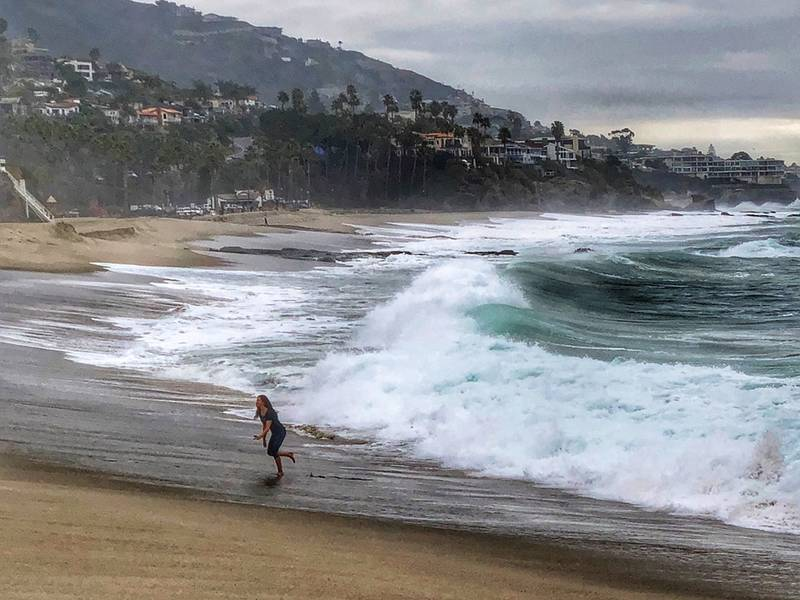 Extreme Tides Waves Expected Along Oc Coast Newport Beach