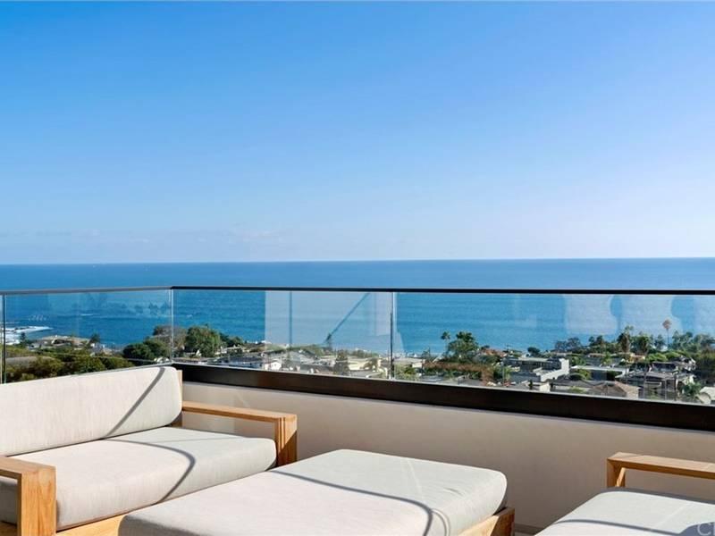 Home Gym, Lap Pool, Enjoy The Laguna Beach Healthy Lifestyle