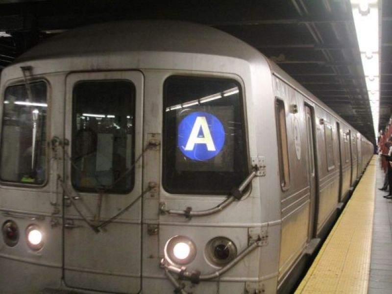 Nyc Subway Delays Service Restored To W 4th St Several