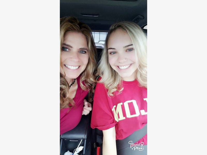Milf and daughter