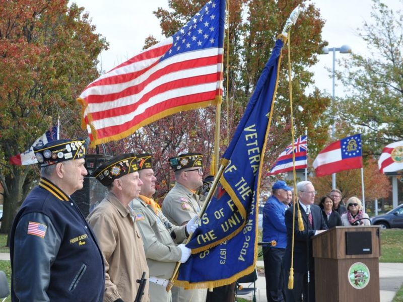 New Lenox Illinois >> Orland Park Adds 50+ Veterans' Names to Memorial for ...