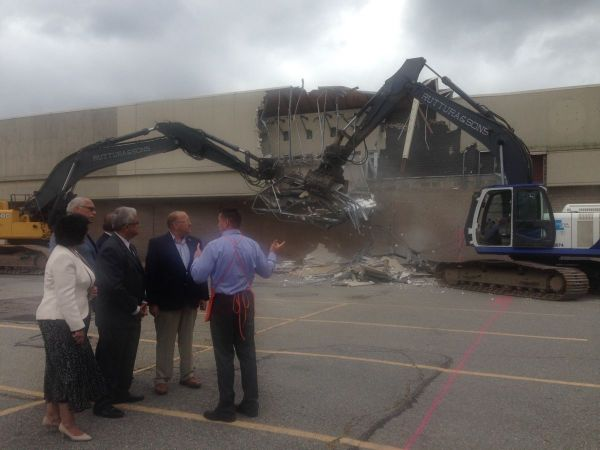 Demolition Begins On Long Empty Nassau Kmart Levittown