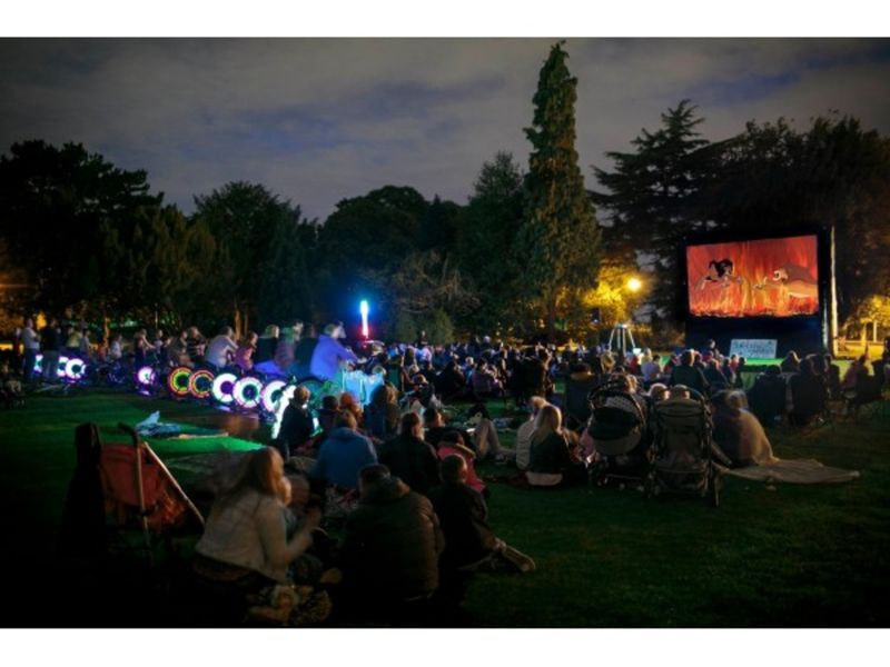 Free movies at nickerson beach start july 23 long beach for Movie schedule terraces