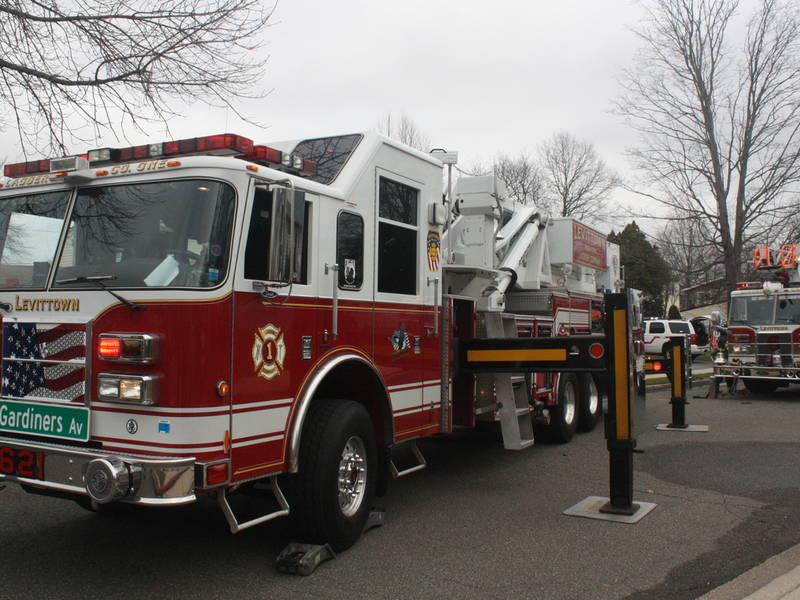 Farmingdale Firefighters Battle Apartment Blaze