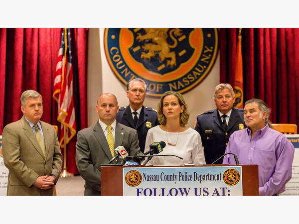 New hyde park ny patch breaking local news events schools weather nassau authorities tout lower crime for start of 2018 reheart Images