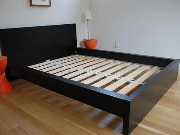 Ikea Malm Bed And Mattress Set 125.