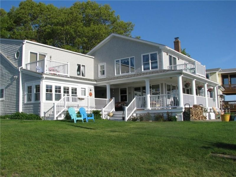 Homes for sale in ri east greenwich and nearby real for Home builders in ri