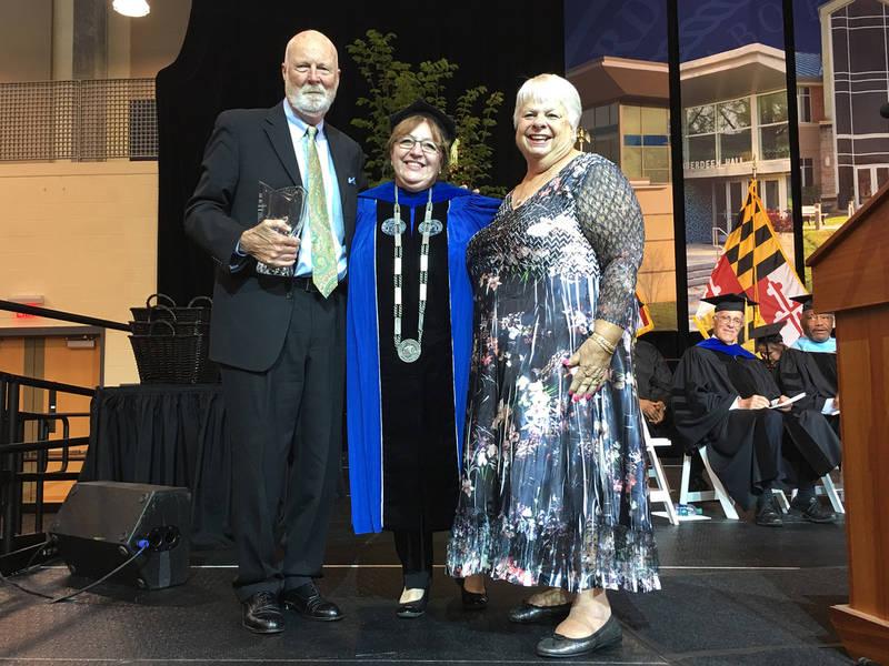 HCC Distinguished Alumni Award Presented to David and Diane Dixon ...