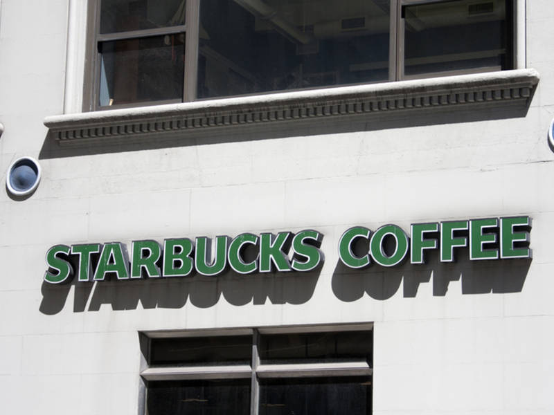 starbucks opening bathrooms to public in wake of philly arrests