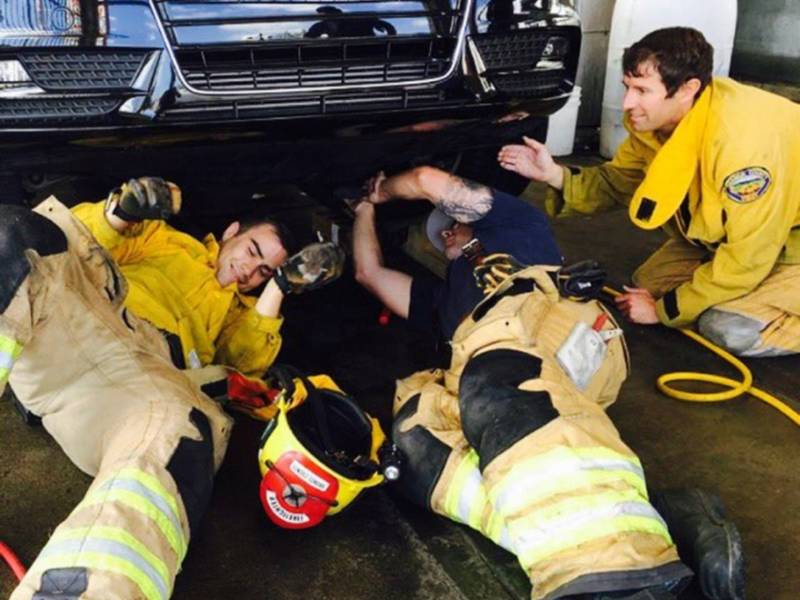 How to not be needy when dating a fireman
