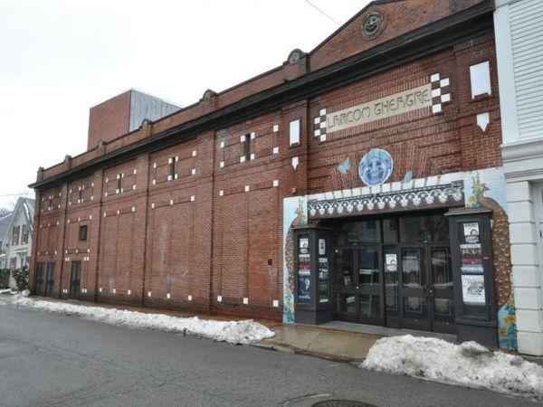 Salem Twin Cinema  Salem Ohio Movie Theater