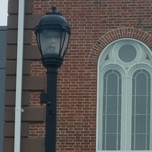 Salem Mayor Spies Ghost In Lamppost, Everything's Normal