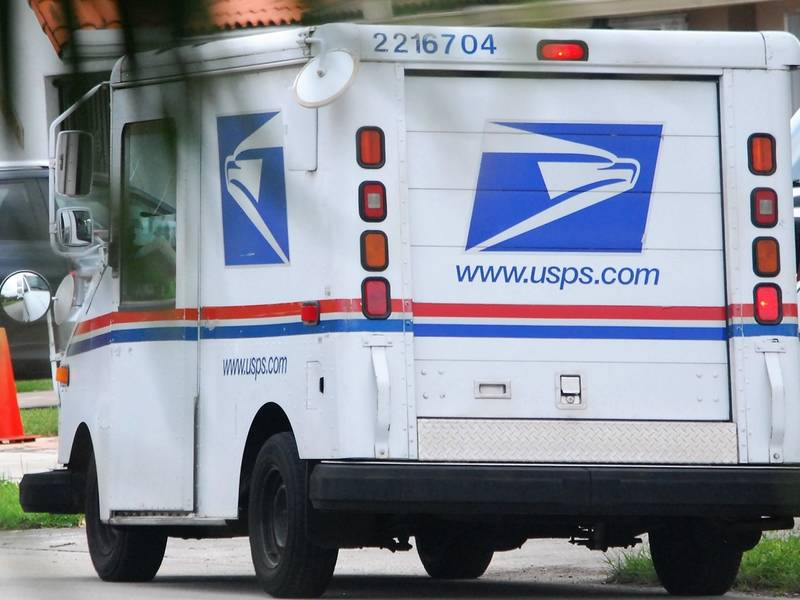 US Postal Service Resumes Deliveries, Opens Retail Locations