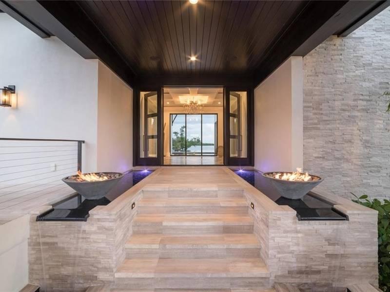 Inspired Island Living In Sarasota For $13.9 Million