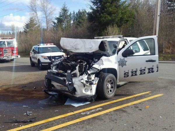 Graham Wa Weather >> Pierce County Deputy Hit After Truck Runs Stop Sign: Sheriff's Office - Puyallup, WA Patch