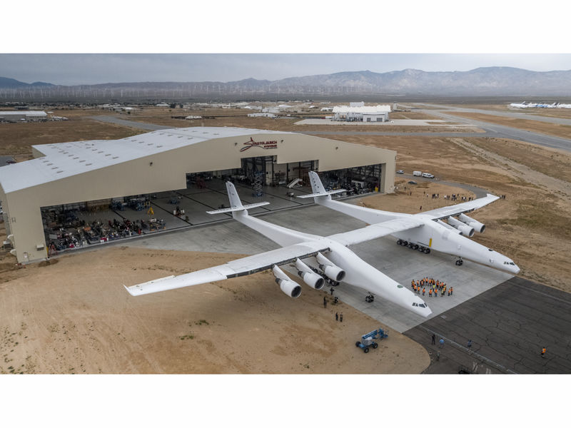 https://cdn20.patchcdn.com/users/22906546/20170601/114200/styles/T800x600/public/article_images/stratolaunch-1496330846-2720.jpg