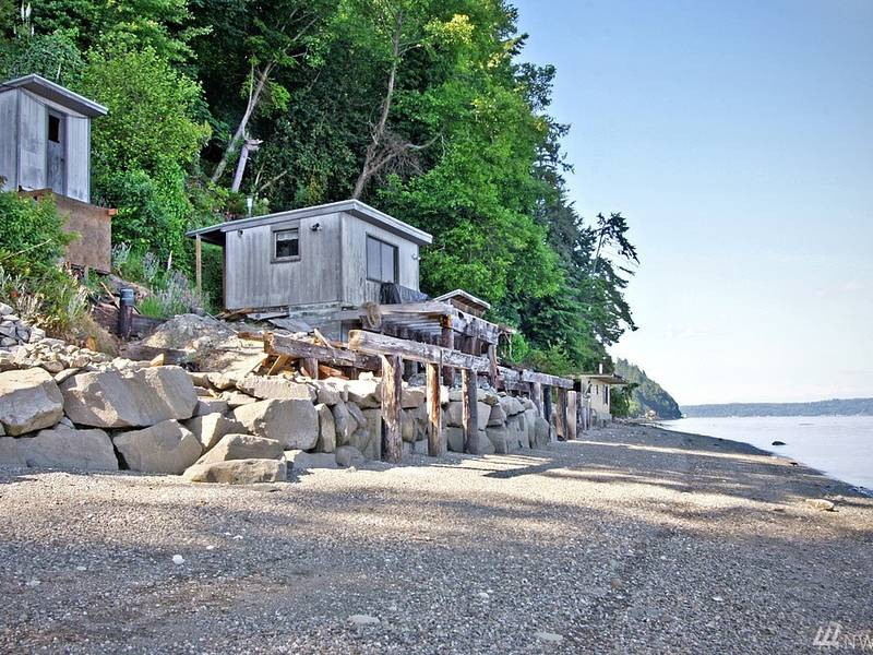 Gig Harbor Mansion Comes With Beach Shack 0