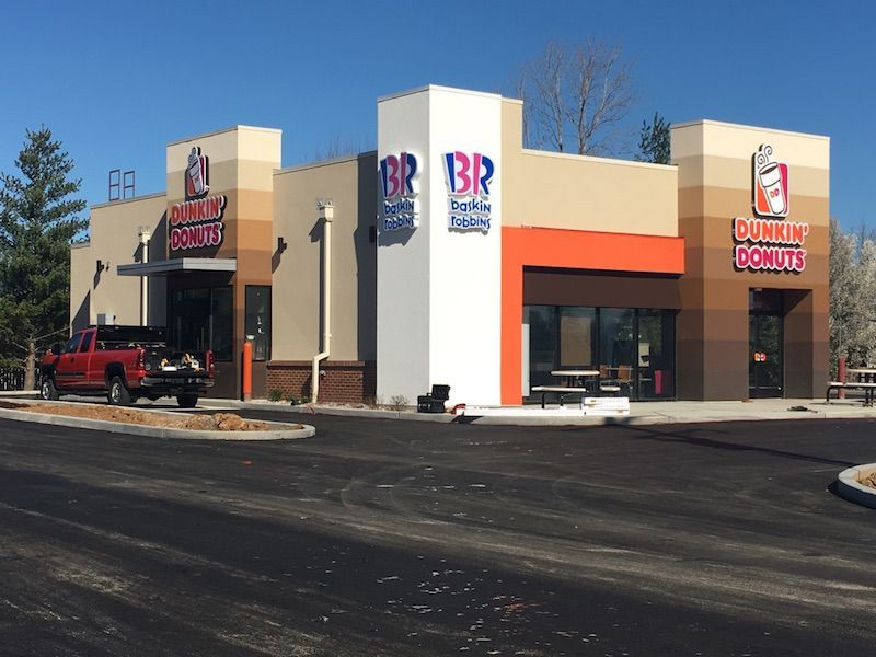Excitement brewing in o 39 fallon mo with opening of new multi brand dunkin 39 donuts and baskin for Olive garden cape girardeau missouri