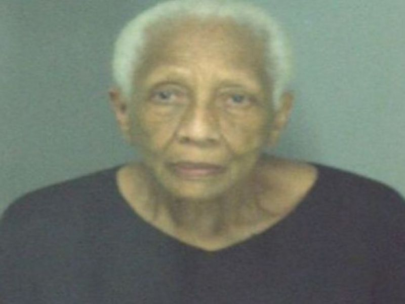Warrant issued for 86 year old jewel thief dunwoody ga for Jewelry stores in gwinnett county ga