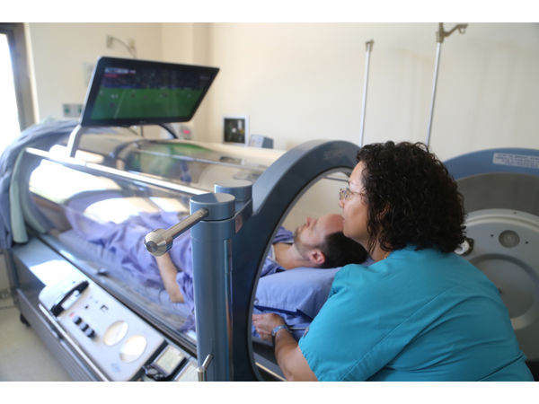 Loma linda hyperbaric medicine service receives for Table 6 hyperbaric treatment