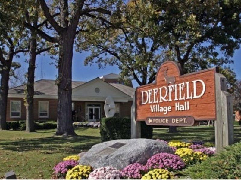 Exclusive Deerfield Residence – $2,999,000 | Pricey Pads