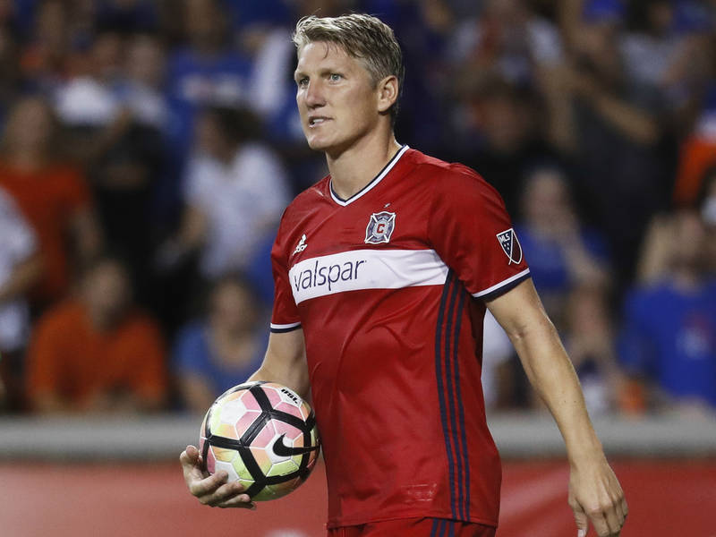 114f87fc8 Bastian Schweinsteiger Re-Signs With Chicago Fire